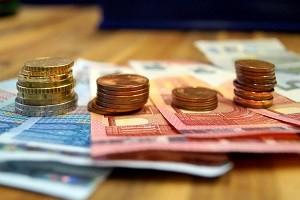 Ein Darlehen vorzeitig ablösen kann viel Geld sparen, es kann aber auch ein Vorfälligkeit nach sich ziehen