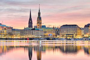 Hier finden Sie einen passenden Rechtsanwalt in Hamburg, der auf Bankrecht spezialisiert ist.