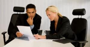 Bekommen Sie eine Nutzungsentschädigung bei Ihrer Lebensversicherung? Ein Experte kann Sie beraten.