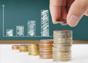 Bevor Sie Ihre fondsgebundene Rentenversicherung verkaufen, sollten Sie unbedingt Anbieter vergleichen.