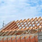Eine Baufinanzierung aufnehmen, ohne Eigenkapital zu investieren? Erfahren zeigen viele Schwierigkeiten.