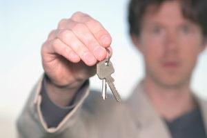 Hausfinanzierung ohne Eigenkapital: Welche Bank lässt sich darauf ein?