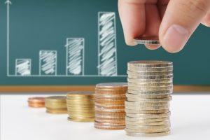 Im Vergleich zu anderen Geldanlagen punktet das Festgeld mit relativ hohen Zinsen.