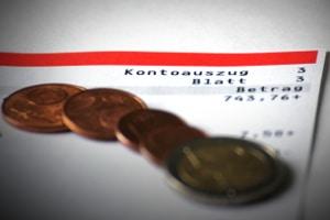 Wird das Tagesgeldkonto als Gemeinschaftskonto geführt, haben beide Partner Zugriff darauf.