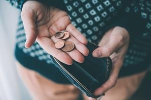 Sie interessieren sich für einen Kleinkredit trotz schlechter SCHUFA-Auskunft? Prüfen Sie vorher, ob Sie die Raten wirklich bezahlen können.