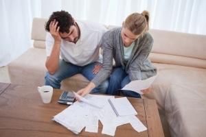 Einen Kredit trotz schlechter Bonität können Bekannte oder Verwandte vergeben.