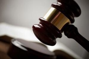 Ob ein Autokredit wirklich fehlerhaft ist, muss oft vor Gericht geklärt werden.