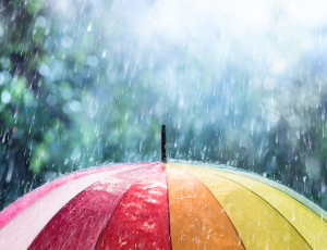 Damit Sie im Alter nicht im Regen stehen, kann eine Rentenzusatzversicherung als zusätzliche Vorsorge sinnvoll sein.