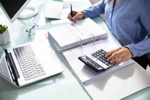 Führen Sie vor der Inanspruchnahme eine Berechnung durch: Die Dispozinsen können eine Kostenfalle sein.